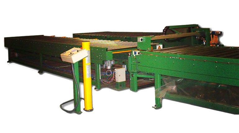 Image - Gluing machine